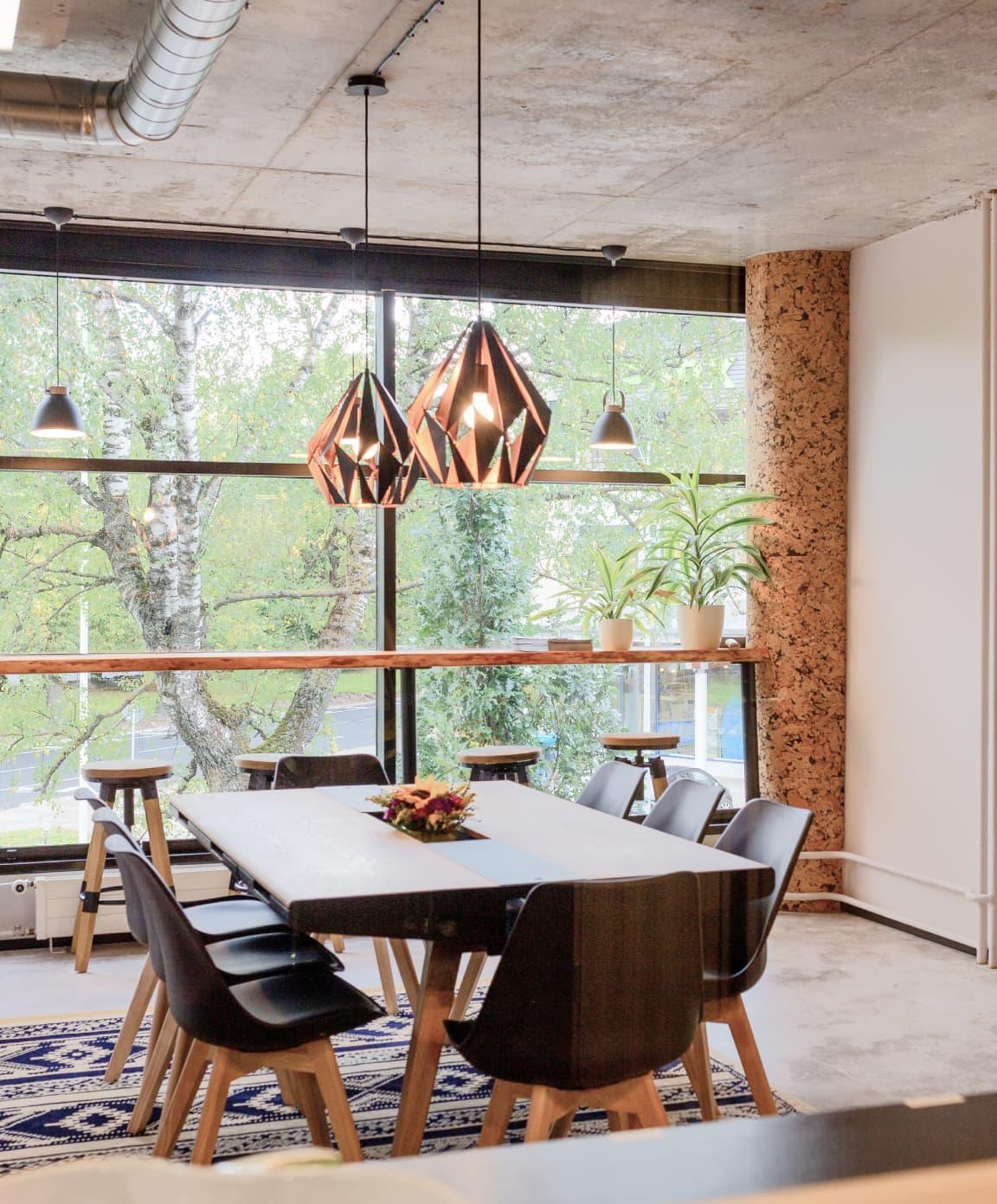 Image of Xolo office